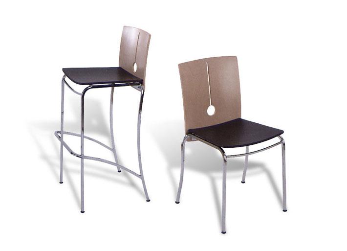 Sedie E Sgabelli Legno.Design Arredamento Sedia In Legno Verniciato E Metallo